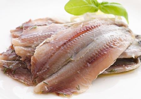 鱼肉比畜肉更容易变质腐烂吗