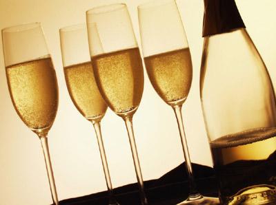 香槟是英国人发明的而非法国