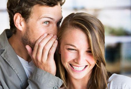 恋人相互倾诉时更多对着左耳还是右耳