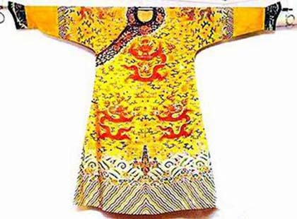 """""""黄袍""""是皇帝的""""专利""""吗 皇袍是黄色的吗"""