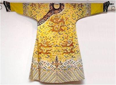 皇帝的龙袍上到底绣有几条龙