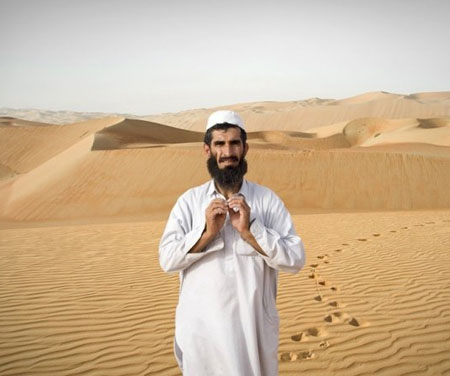 为什么生活在沙漠中的人偏偏爱穿长袖长裤
