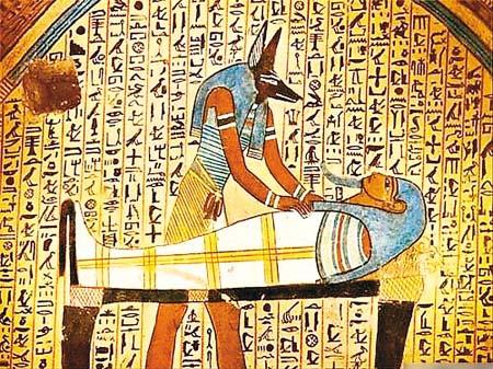 """古埃及的木乃伊身上真的有""""心脏起搏器""""吗"""