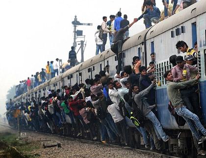 世界上竟有招手即停的火车