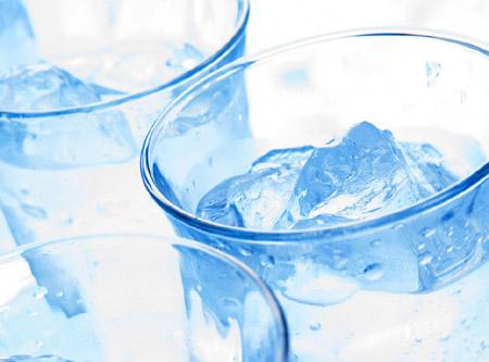 【辟谣】喝小分子水真的能治心血管病吗?
