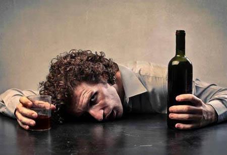 """酒能成为入睡的""""催化剂""""吗"""