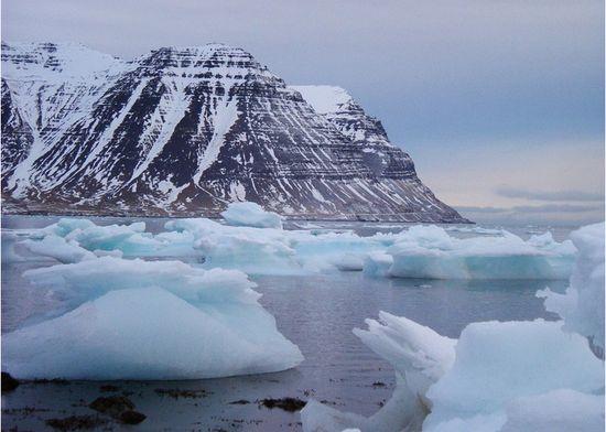 """神秘的南极""""无雪干谷"""""""