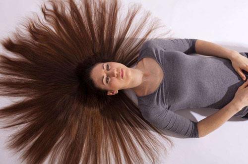 人的头发为什么不容易腐烂呢