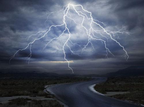 地球上每分钟都有6000次闪电