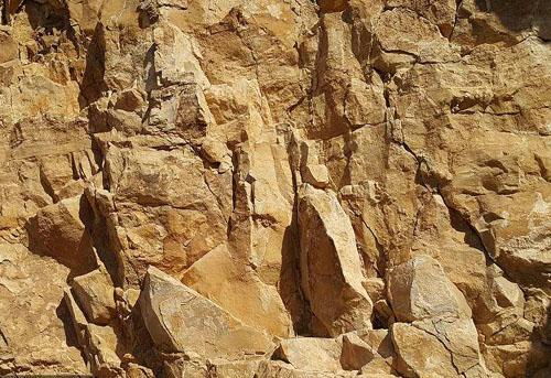 地球上的岩石从哪里来的