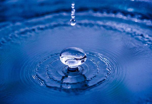 水究竟是什么颜色