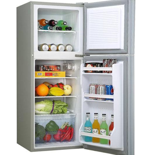 """""""冰箱""""最早是用来制造冰块"""