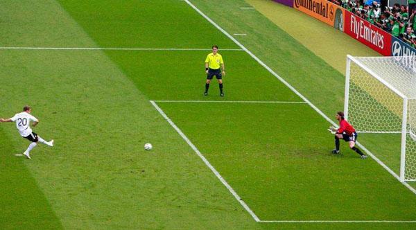 足球比赛为什么有罚点球的规则
