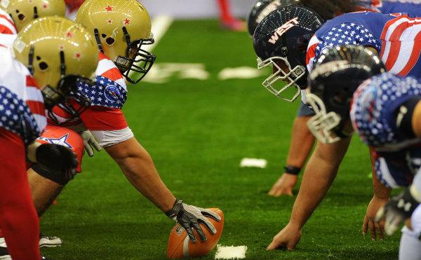 橄榄球和足球哪个先出现的