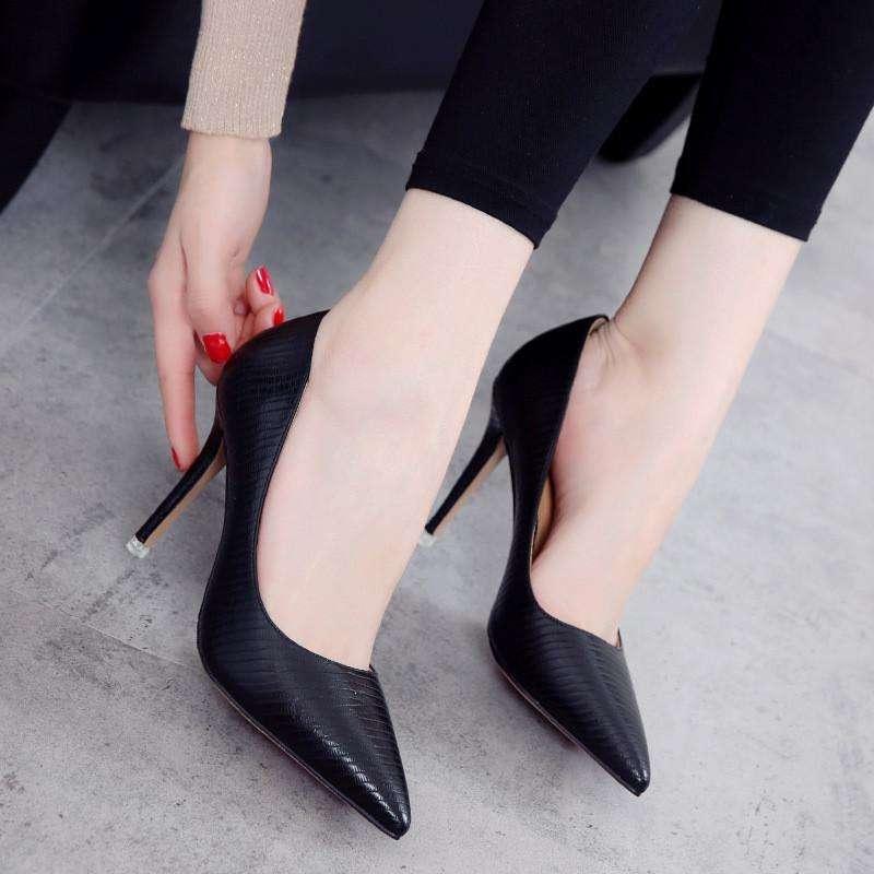 女性为什么喜欢穿高跟鞋