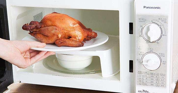 为什么微波炉加热食物后内部会变得特别硬