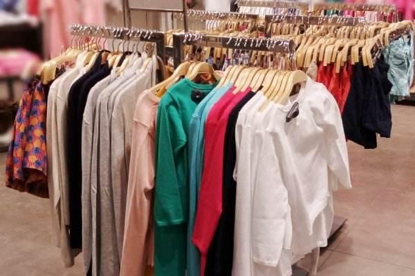 新衣服不洗就穿会致癌?放心穿!