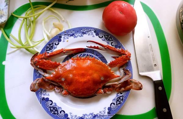 螃蟹和西红柿一起吃等于砒霜?实际并不会