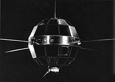 """""""东方红一号""""卫星发射50年 目前仍在天空运行"""